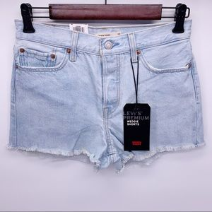 Levi's Wedgie Fit High Rise Jean Shorts Size 28